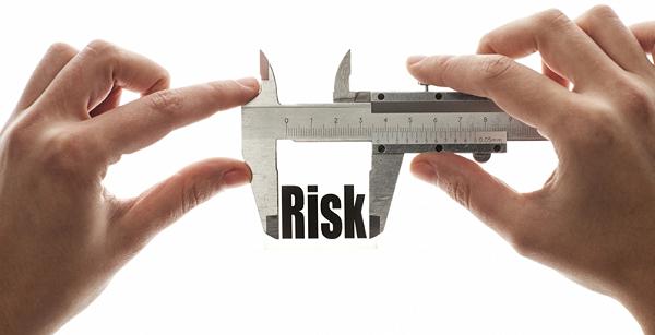 минимизировать риски в опционах